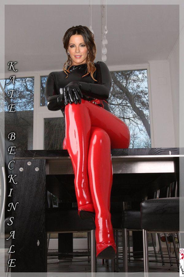 hot girls wearing leggings