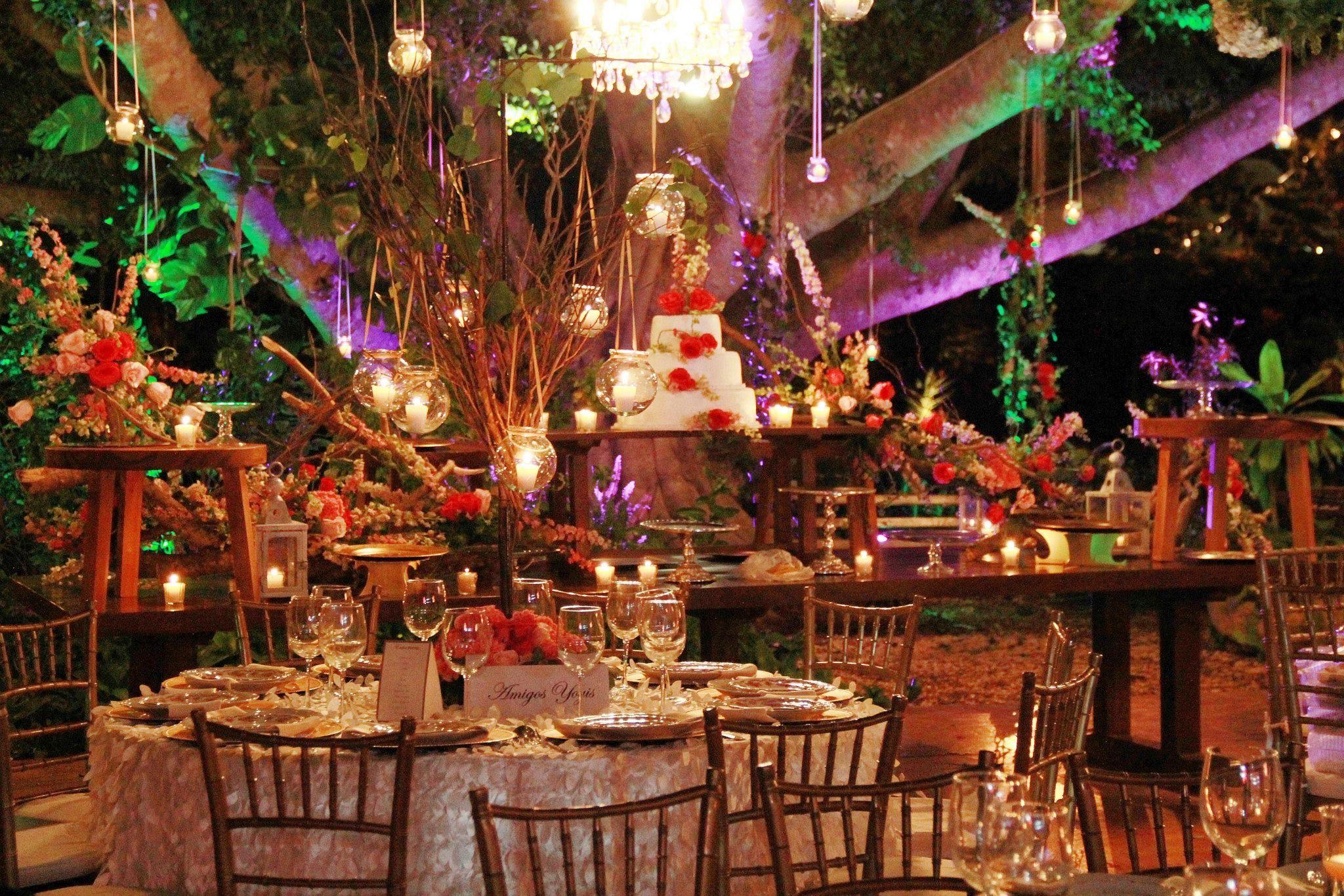 Mesa de postres para boda org nica en tonos rosados - Mesa de dulces para bodas ...