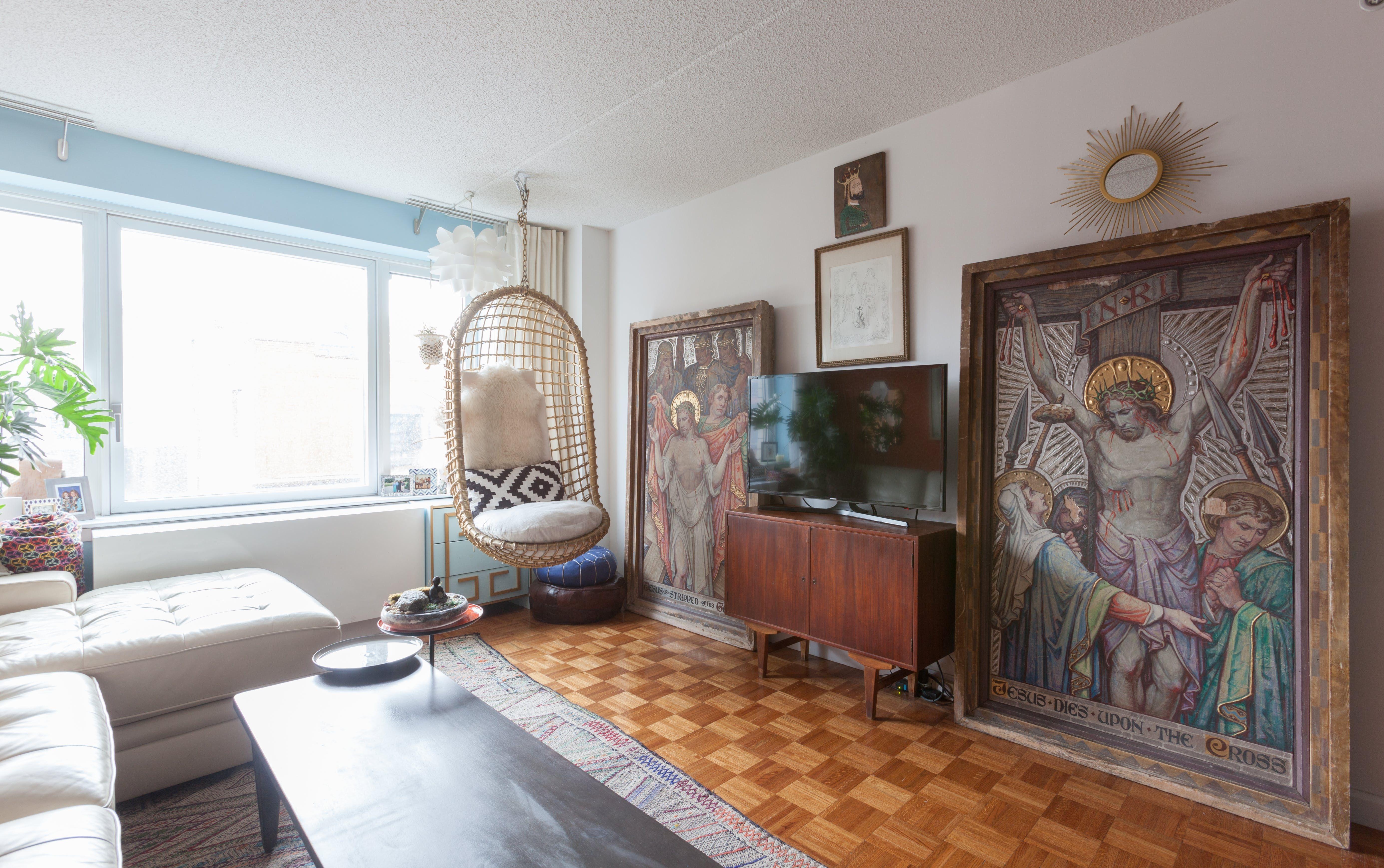 Home interior jesus tour a bold u brash squarefoot brooklyn apartment  pinterest