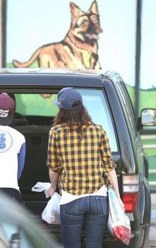 Kristen Stewart and Alicia in LA 12/28/13