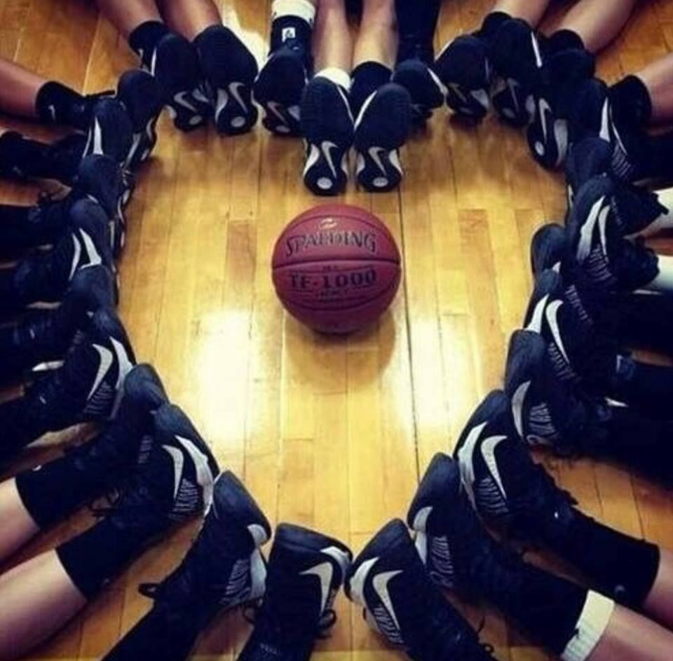 Pin By We Love Basketball On Amor Basketball Girls Sports Basketball Sport Volleyball