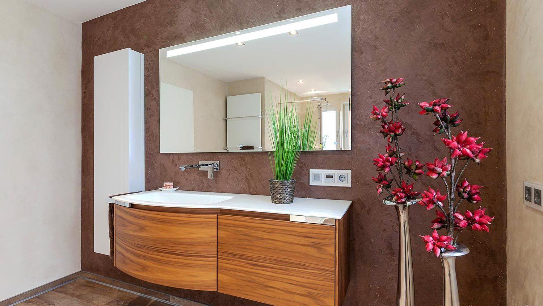 Begehbare Dusche Mit Glaswand Fliesenloses Wohnliches Bad Mit Bildern Begehbare Dusche Glaswand Dusche