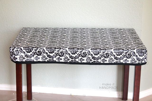 pinterest.ch & A sewn fitted stay put table cloth for a child\u0027s table. Project by ...
