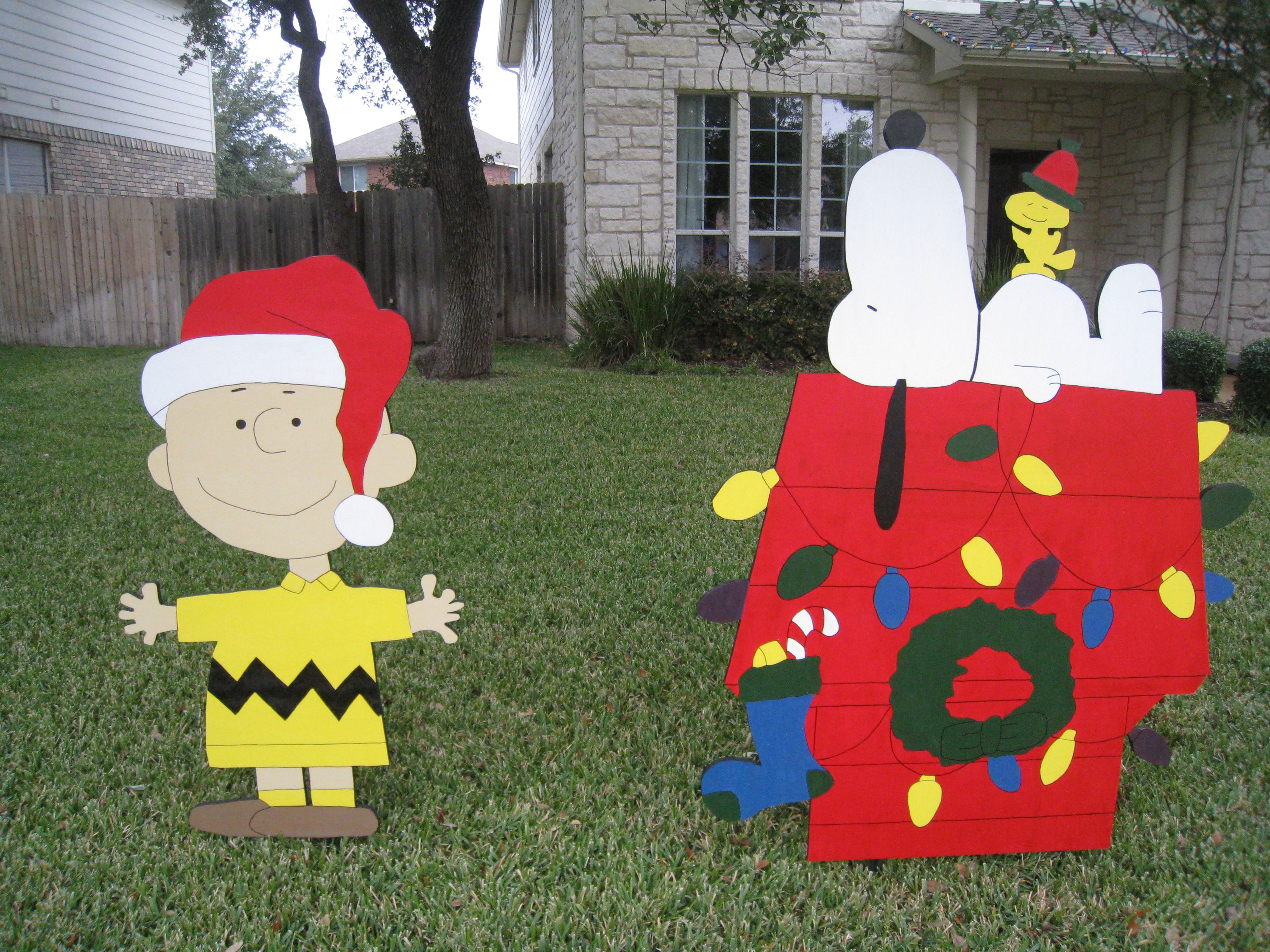 snoopy christmas yard decor