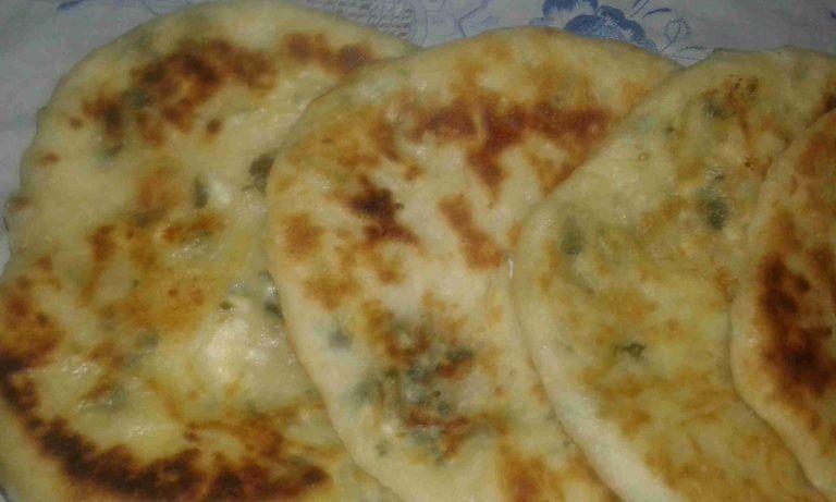 فطور صباحي بالمقلاه بدون فرن سهل ولذيذ زاكي Food Cheese Pizza Cheese