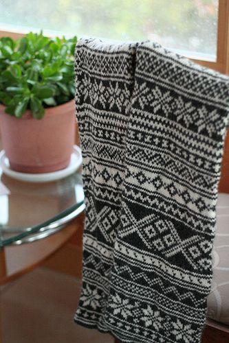 Min Ulla Scarf pattern by Elinor Brown   Fair isles, Norwegian ...