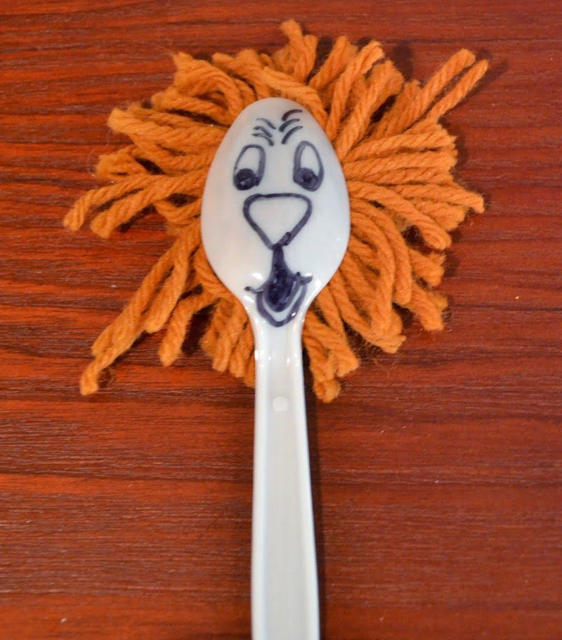 Spoon Lion for Daniel and the lion's den #911craftsfortoddlers