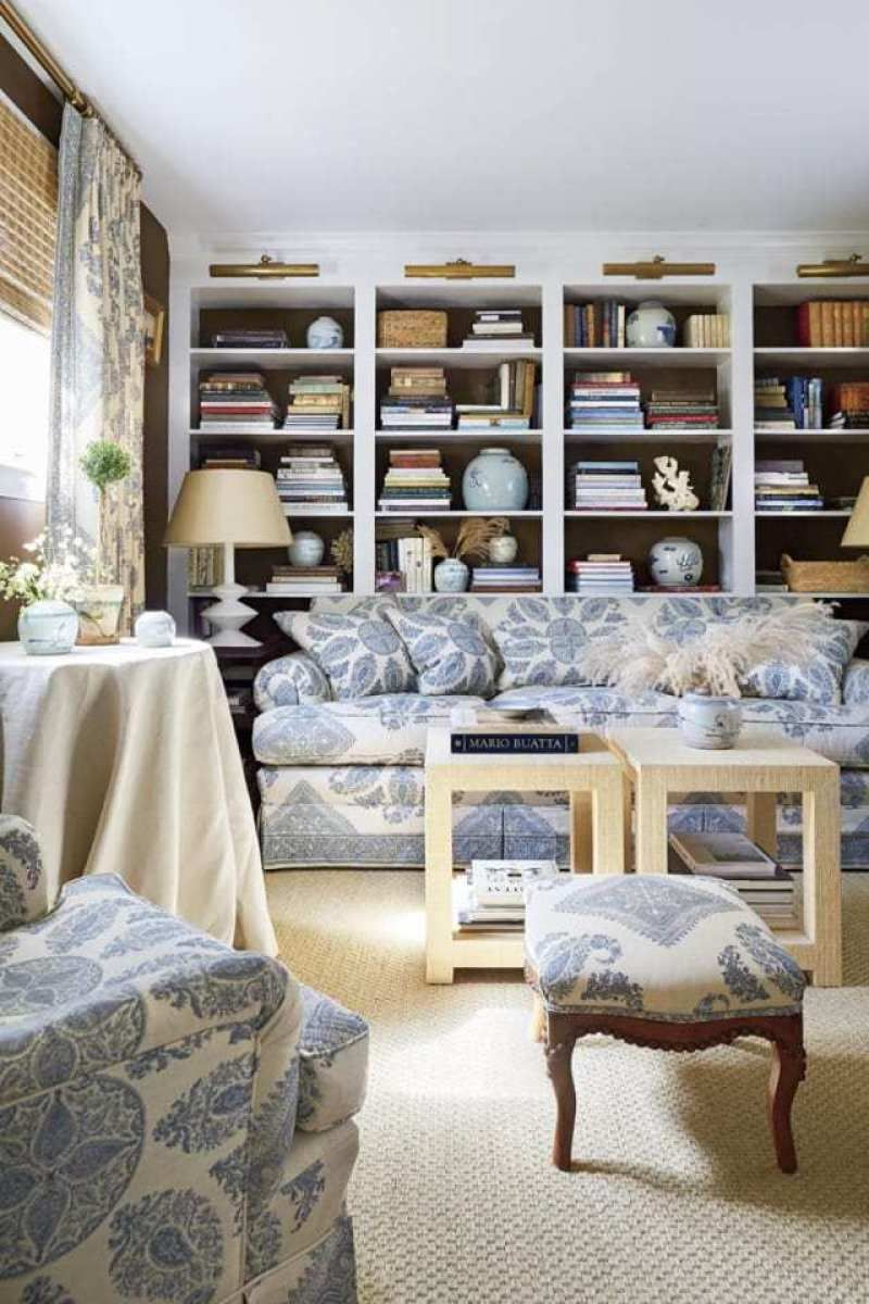 An Old Kentucky Home Gets A Facelift The Glam Pad Brown And Blue Living Room Home Cozy Living Rooms