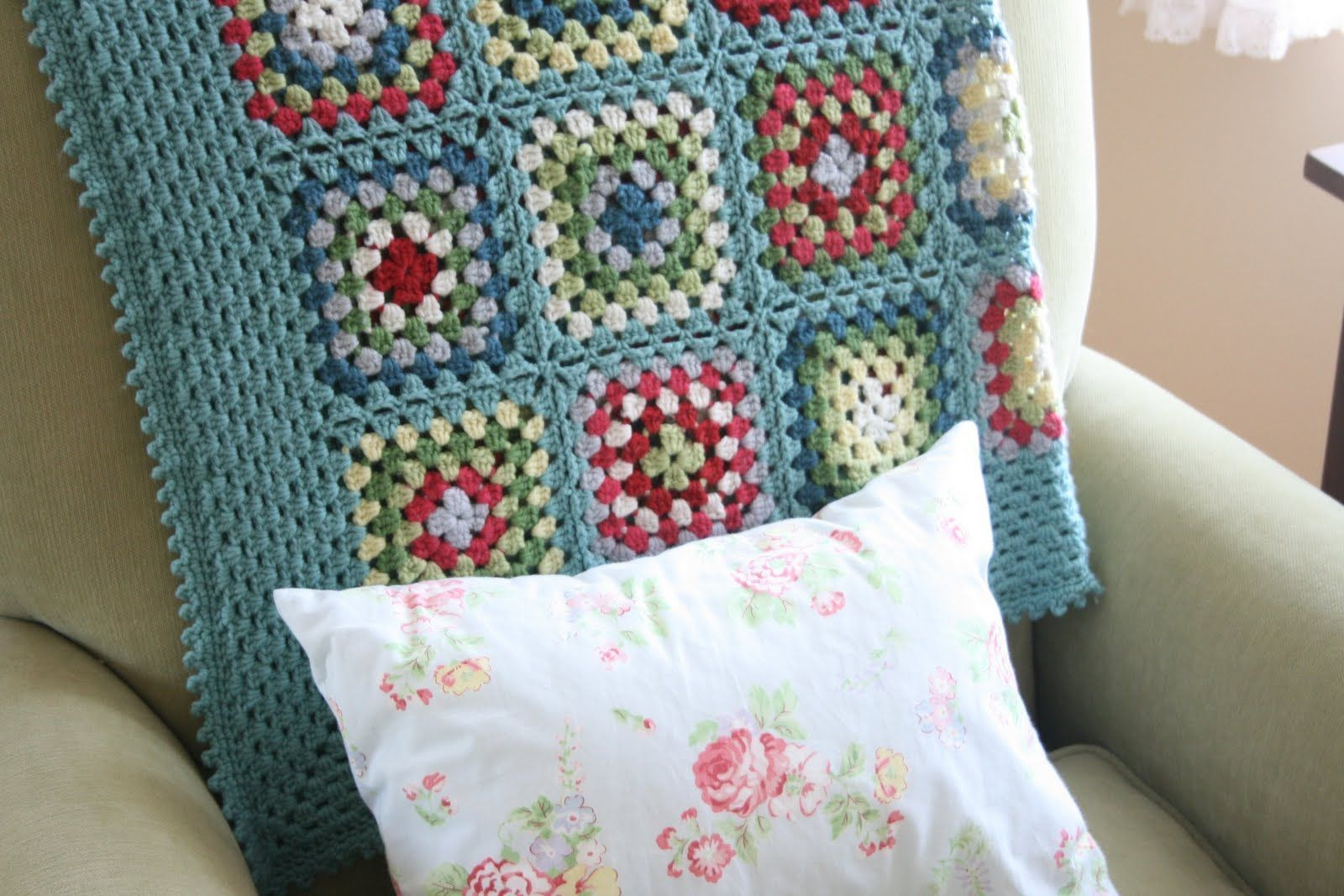 Cath Kidston-inspired granny square blanket, by Cynthia of Cottage ...