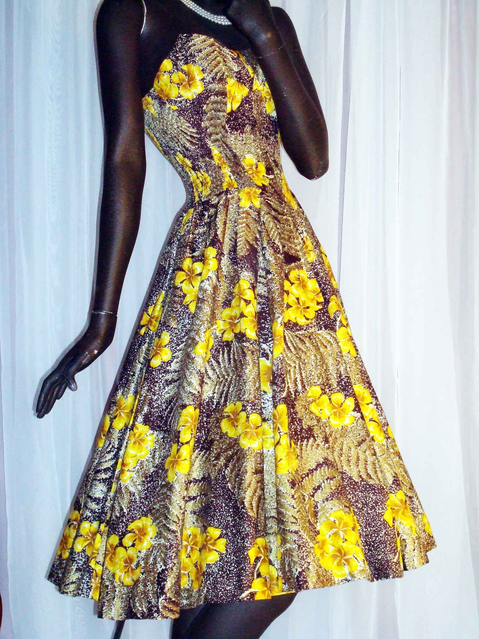 1950s Yellow Hibiscus Cotton Cocktail/Sundress by Alfred Shaheen.  The yellow hibiscus is the state flower of Hawaii and this print is quite rare.