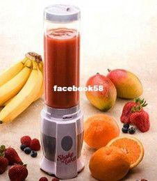 Wholesale - Free Shipping 1 pcs Shake n take juice machine multifunctional Mini Electricity Pocket Sports Bottle Blender