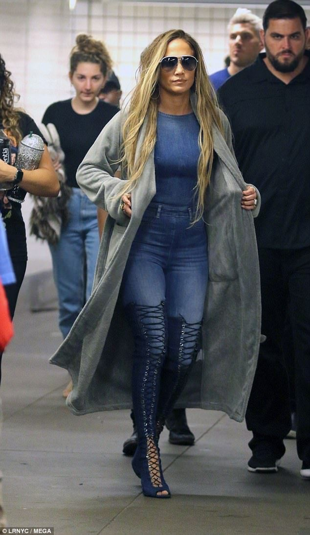 3216a5f5280 Blonde ambition  Jennifer Lopez looked fresh from the salon with long  blonde flowing hair extensions as she shot a new music video in Brooklyn