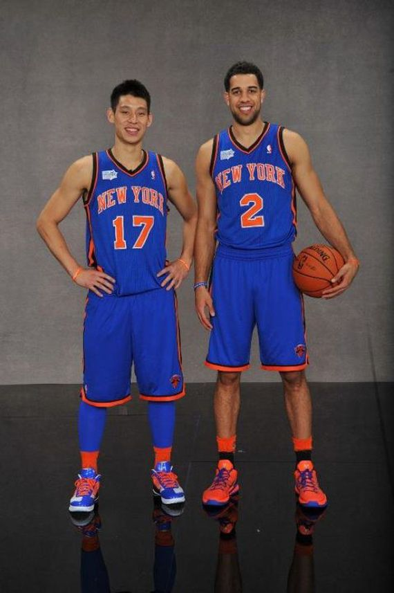 Jeremy Lin - Rockin the Hyperfuse Low iD while teammate Landry Fields  sports the Zoom Kobe VII PE 8954e3bbd6