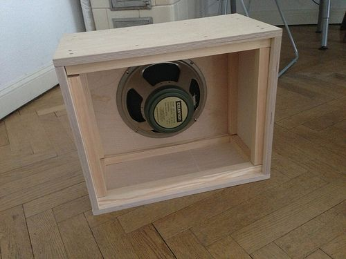 How To Build A Guitar Speaker Cabinet Guitar Cabinet Speaker Cabinet Diy Guitar Amp