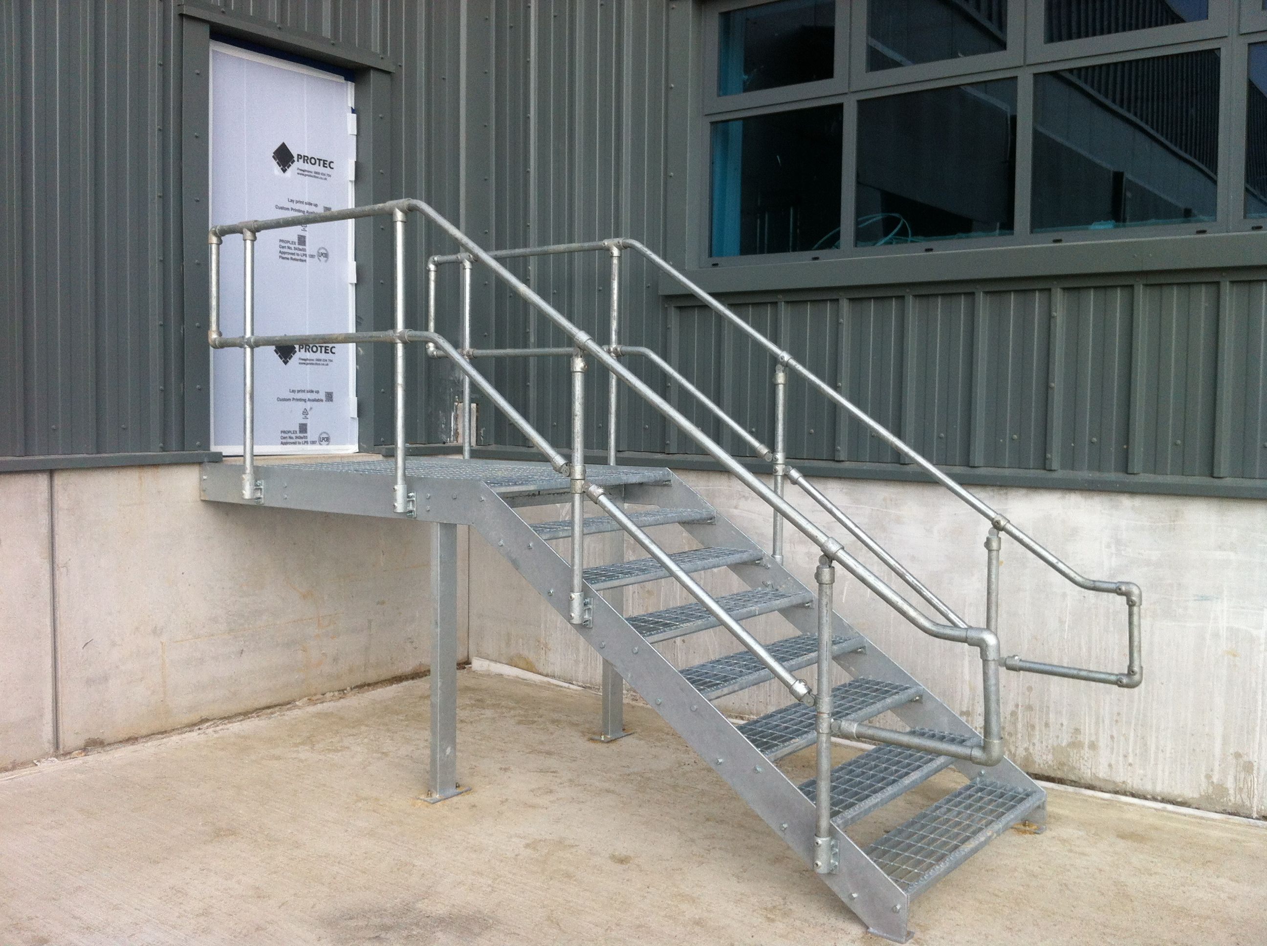 Best Galvanized Finish External Metal Access Staircase And 400 x 300