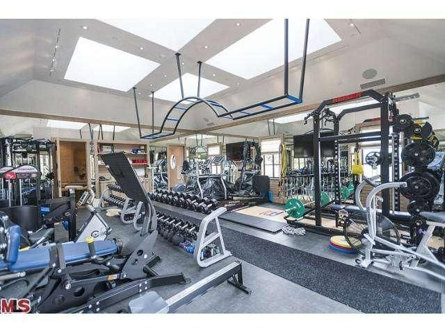 Realestate Yahoo News Latest News Headlines Celebrity Houses At Home Gym Tom And Gisele
