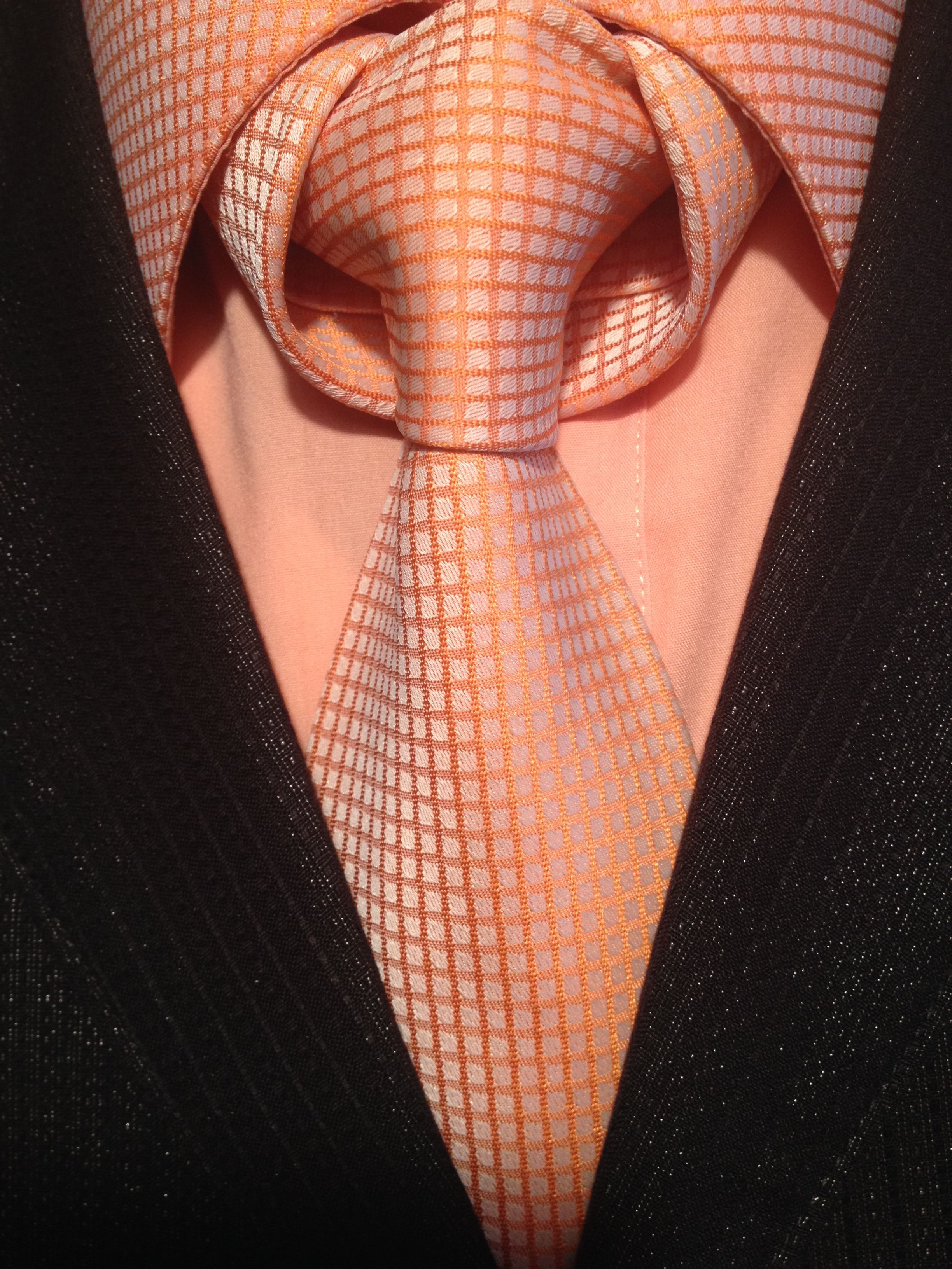 The Linwood Taurus Knot. A little bit more complexed than most of ...