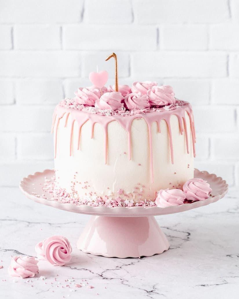 Pink Drip Cake Zum 1 Madchen Geburtstag Dripcake Birthsdaycake