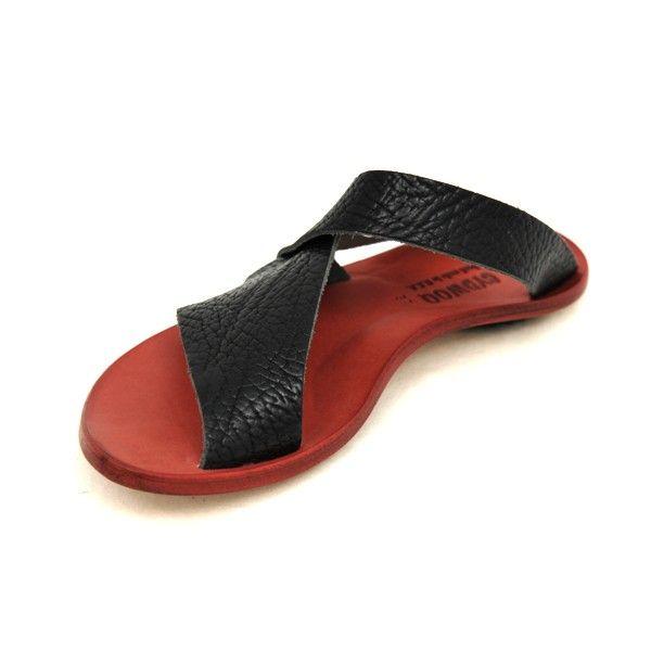 cydwoq sandals