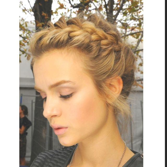 french -sided- braid, the prettiest   frisuren, wiesn