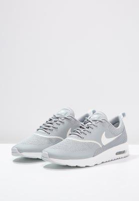 2205f02b4474e Köp Nike Sportswear AIR MAX THEA - Sneakers - matte silver/summit white för  1 195,00 kr (2017-01-16) fraktfritt på Zalando.se