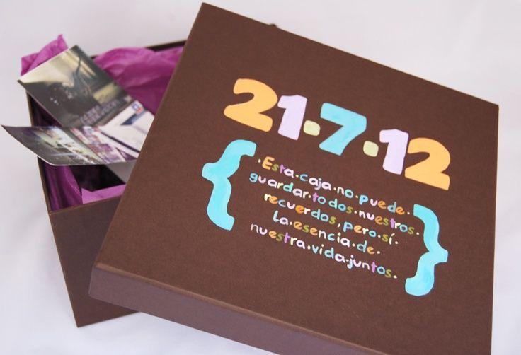 Caja con esa fecha especial cajas pinterest fechas for Regalo especial aniversario