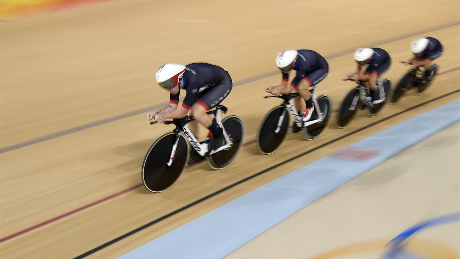GB women's team pursuit smash world record to clinch gold