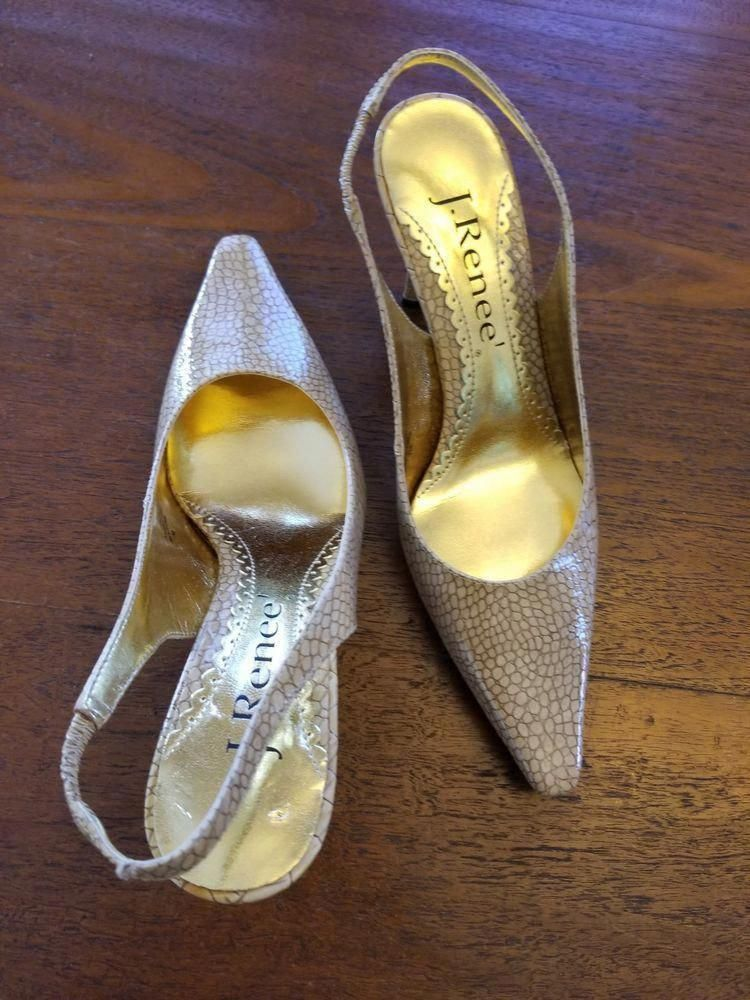 3db18741d Questions For Couple Shoe Game  NikeWomenSShoesComparison Post 2838109715   WomensshoesEu37