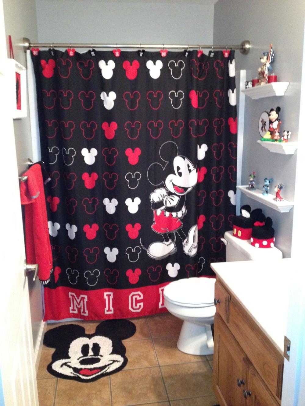 Disney Mickey Mouse Bathroom Decor In 2020 Mickey Mouse Bathroom