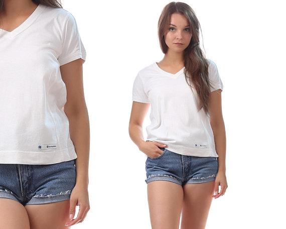 55286813e4 Vintage CHAMPION T Shirt 80s White Champion Logo Retro Oldschool Vintage  Cozy Tee Shirt Athletic To