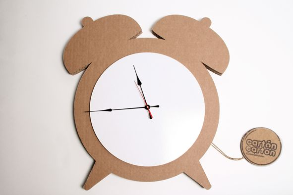 Reloj Despertador Una Pizarra Memo Que Te Da La Hora Quien Quiere Despertar Antes Este Producto E Reciclado Para Ninos Manualidades Creativas Manualidades