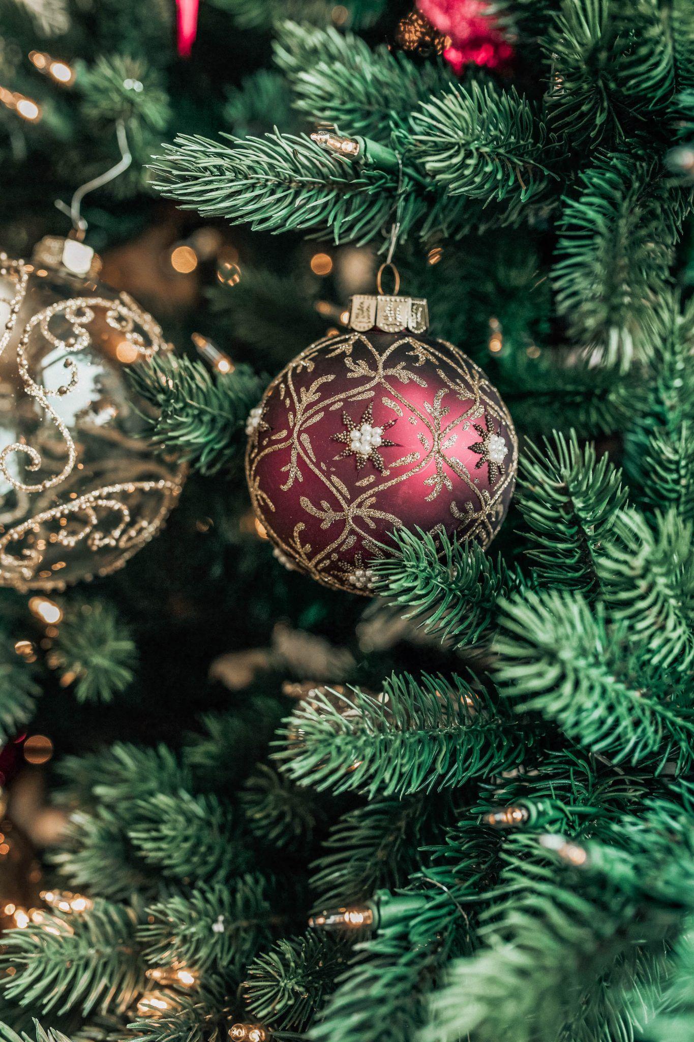 Decorating at the Biltmore   Christmas decorations, White xmas tree, Christmas