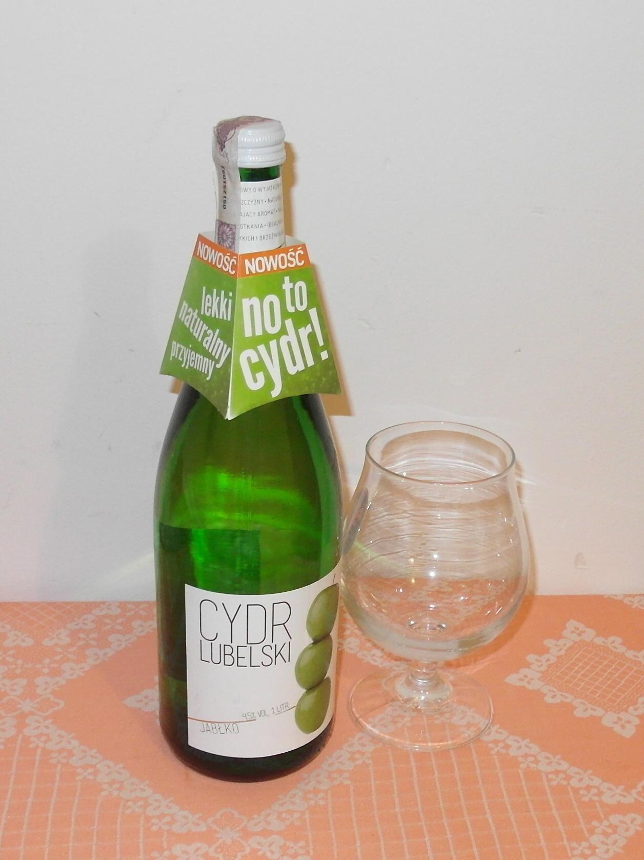 Patriotyczny szampan zastępczy ;-)