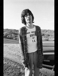 """Mick Jagger, wearing """"Linda Ronstadt, Queen of LA"""" t-shirt"""