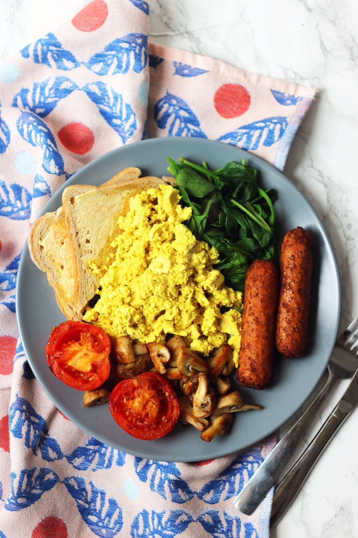 Vegan Full English Breakfast With Tofu Scramble