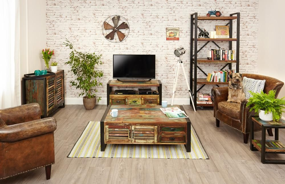 Urban Chic 4 Door 4 Drawers Large Coffee Table by Baumhaus