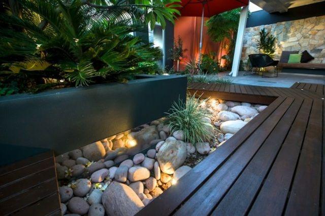 hinterhof gestalten steingarten spiegel niedrige sukkulenten ... - Stein Garten Design