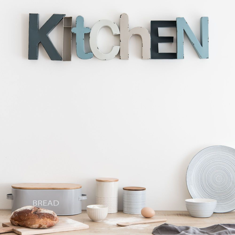 Kitchen sign | Blue Metal Word Wall Art | Maisons du Monde | Neo ...