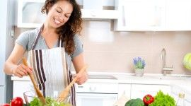 5 Reasons to Prepare Food from Scratch
