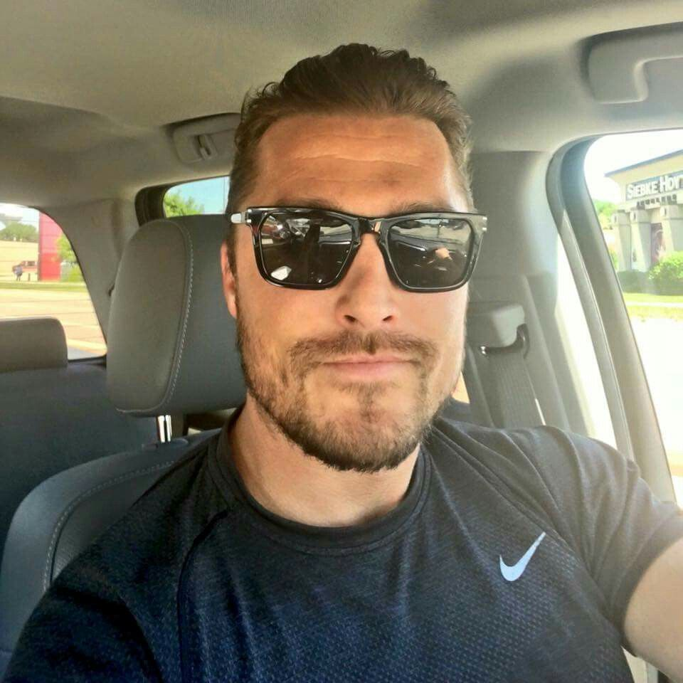 Pin By Amber Schomaker Martin On Soules Boyfriend Material