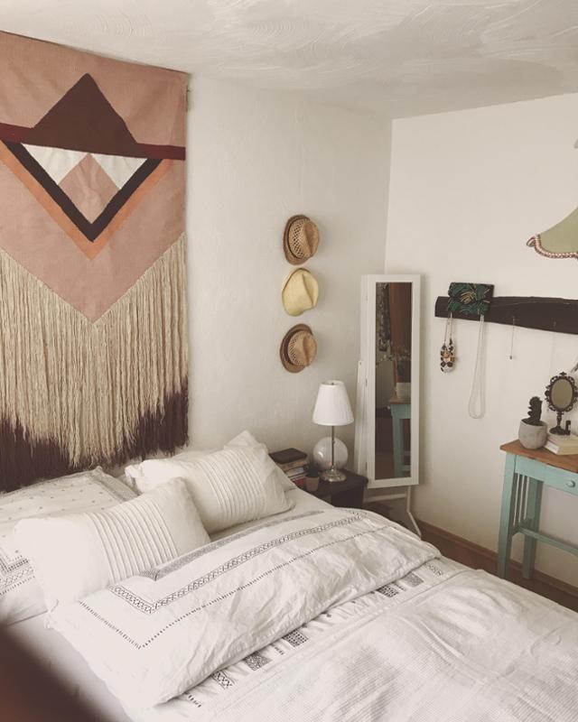 Dieses Boho-Schlafzimmer gehört Community-Mitglied MarinaWelles und