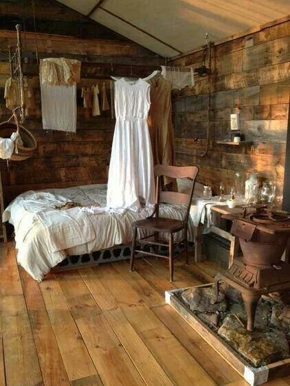 Country Bedroom So Inviting One Room Cabins Cabin