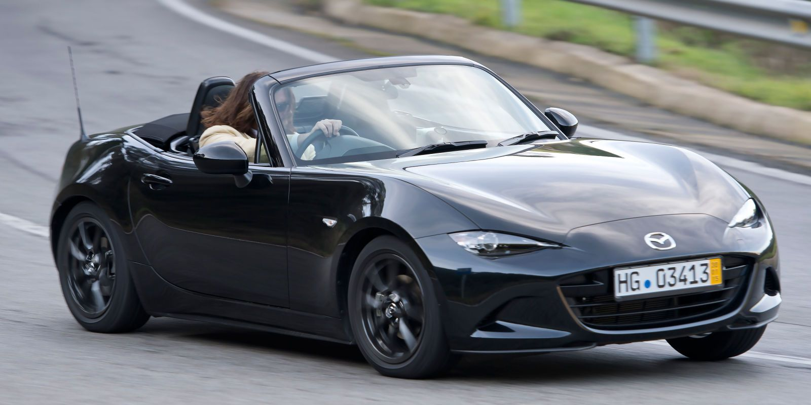 Mazda reboots a winning franchise. Here's a closer look at the MX-5 Miata in action.