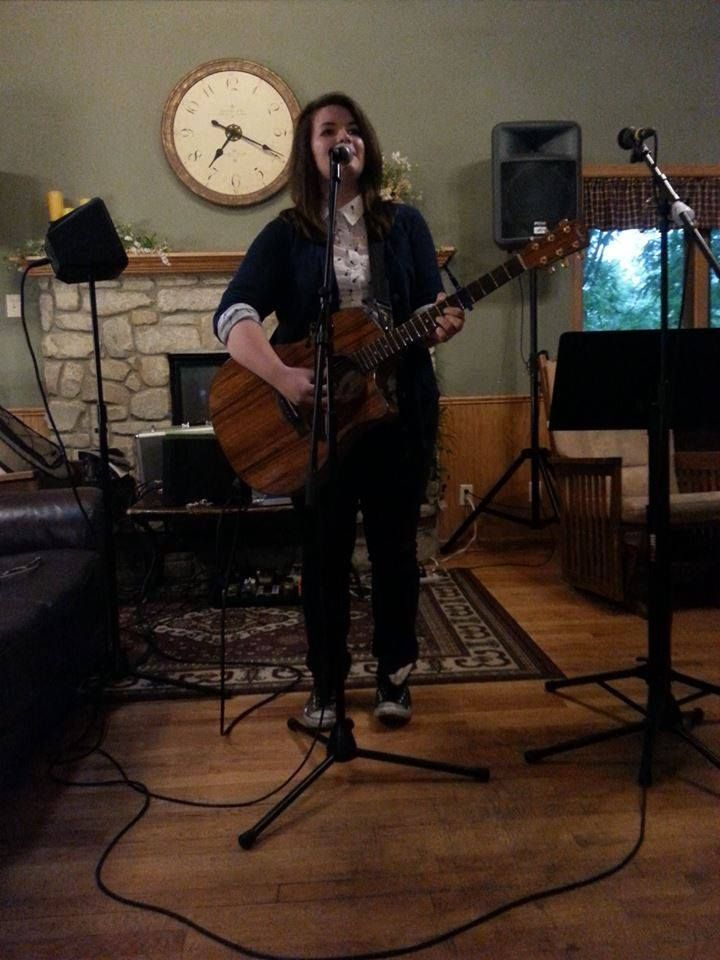 Mackenzie Benish Preforming At Mocha Moment In Janesville Wi