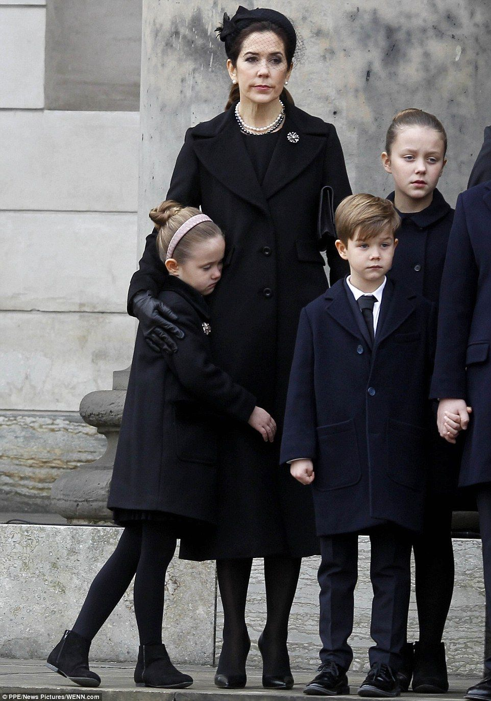 34dcf5b109a Thousands of Danes line the streets for Prince Henrik s funeral ...
