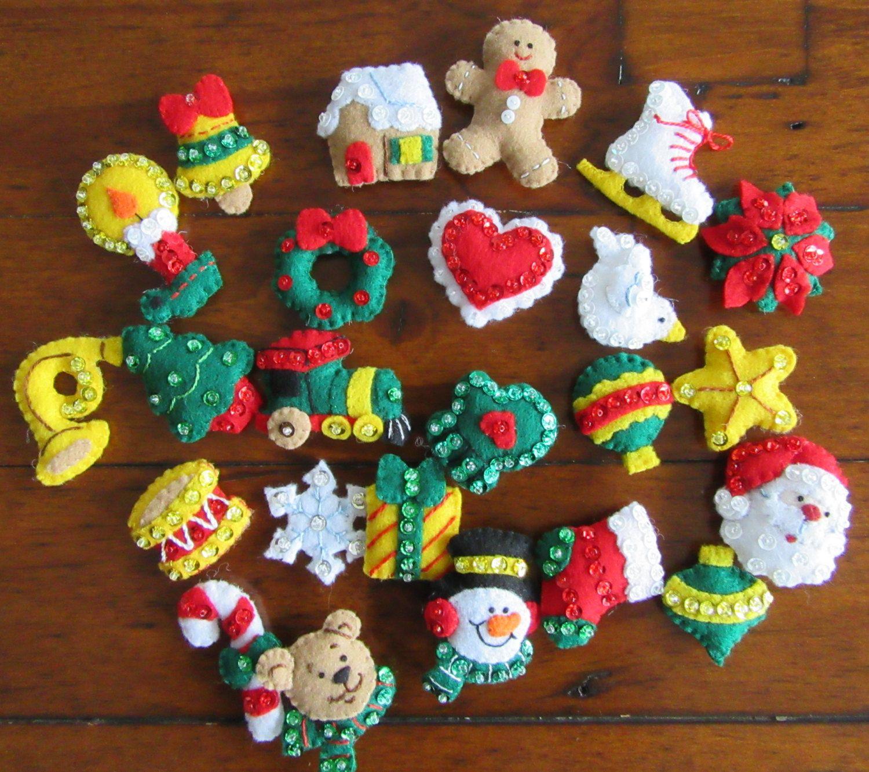 Bucilla advent calendar completed por missingsockstitchery - Arbol de fieltro ...