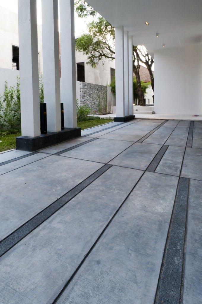 Piso exterior de concreto de hormig n con detalles de for Pisos de jardines exteriores