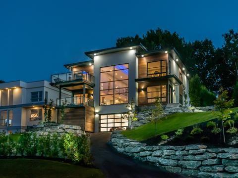 Maison A Vendre A Sainte Foy Sillery Cap Rouge Quebec Capitale Nationale 4323 Rue De La Remontee 13839206 Centris Architecture House Styles Mansions