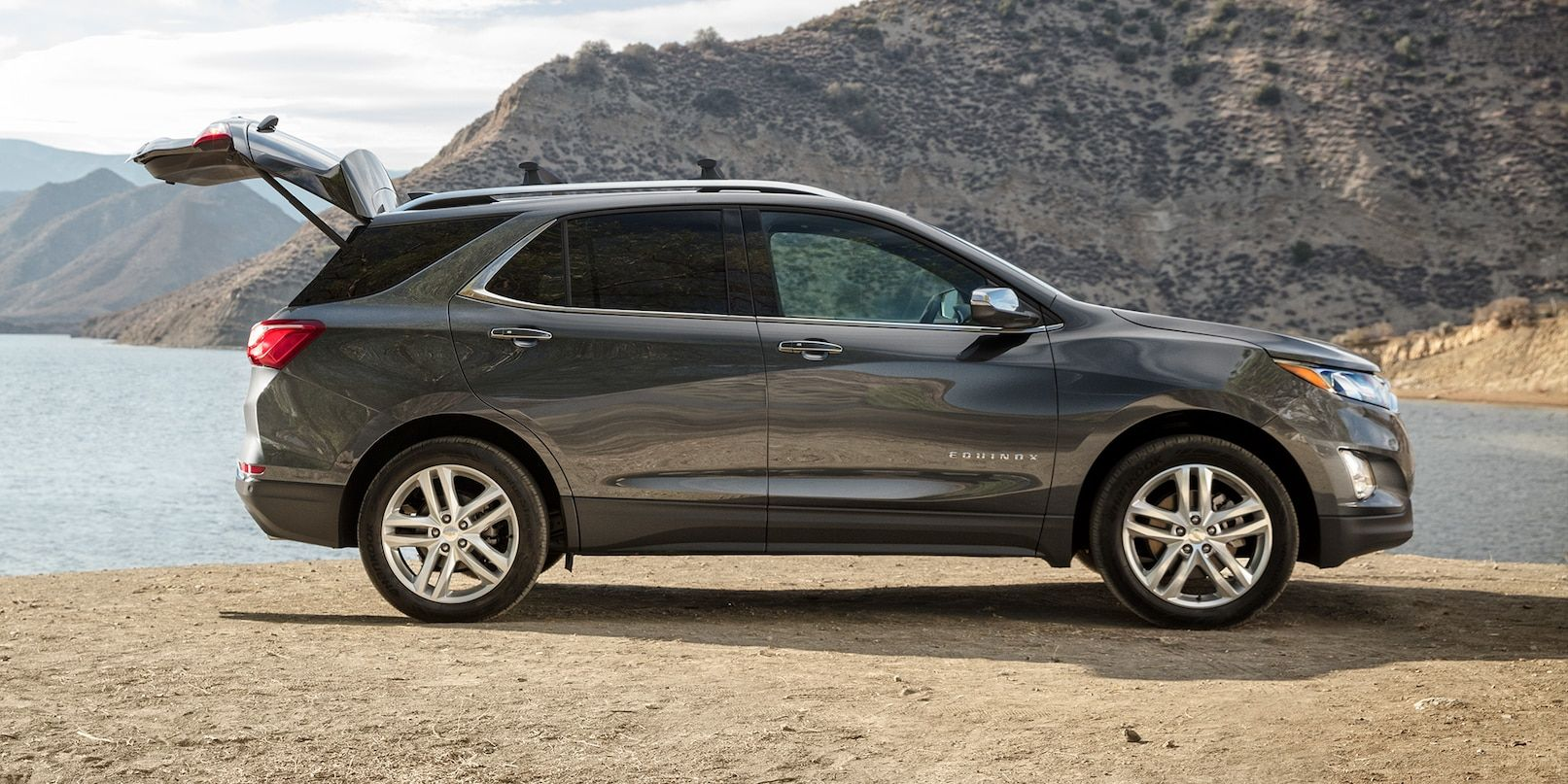2019 Equinox Small Suv Exterior Side Photo With Trunk Open Chevy
