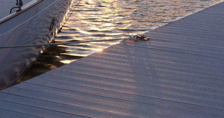 Waterproof Marina wpc pontoon floor covering Vinyl deck
